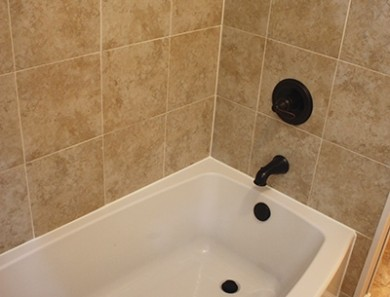 An Overview of an Acrylic Tub Installation