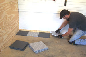 01 1a1a1GarageTT01 Install Snap Together Garage Tile