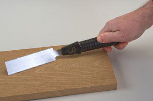 The Veritas flush cut saw exhibits a high degree of blade flexibility (www.leevalley.com).