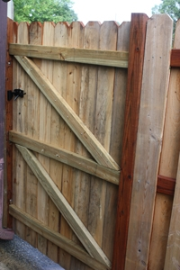 Rear side of single-door gate, not yet stained...