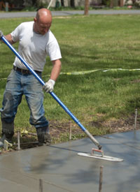 Keep trowel marks to a minimum when preparing to wash exposed aggregate.