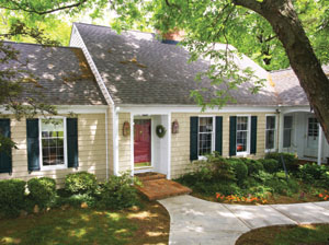 As a green product, vinyl siding is manufactured with virtually no waste, using a very energy-efficient process.