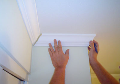 how to put up crown molding on kitchen cabinets crown molding installation abc s how to 17269