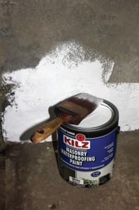 The capillary paint is applied with a stiff bristle brush.