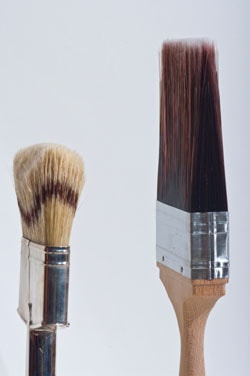 Badger-bristle brush versus Polyester-bristle brush