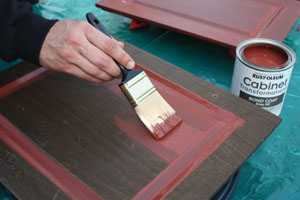 Paint the cabinet surface with the colored bond coat.