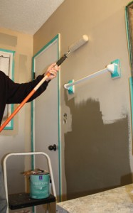 For bathrooms, apply a quality latex- or water-based paint formulated to prevent mold and mildew. Choose a satin or semi-gloss finish to reduce water spots. We painted the walls and trim with Sherwin-Williams' low-odor/zero-VOC Harmony family of paints.