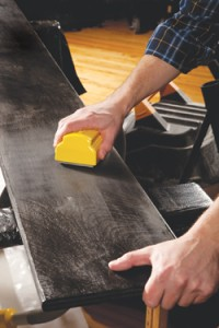 The Dust-Free Sponge Sander from Hyde Tools cuts down on cleanup time by eliminating up to 95% of dust caused by sanding. It has a small profile, easy-to-grip sanding head for use on flat surfaces, edges and corners, and will fit any standard shop-type or industrial vacuum.