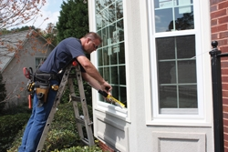 All seams of the window and aluminum casing are sealed with a high-quality exterior sealant.