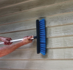 Many house and siding cleaners claim to work without scrubbing—but we scrub anyway.