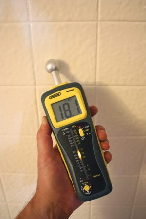 "Professional inspectors use moisture meters to check moisture content behind surfaces like bathroom tile and EIFS. The MMD950 Deep Sensing Moisture Meter from General Tools has two measurement modes: Pin and pinless. The pinless mode uses an integral ball sensor with up to 4"" measurement depth."