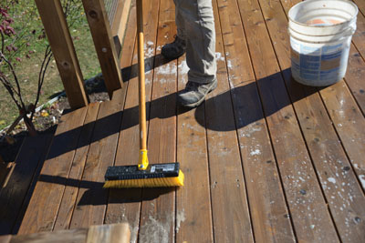 Even if your deck is several years old and showing signs of natural weathering, it's easy to restore the original color and beauty of the wood by applying a cleaning solution and wood brightener.