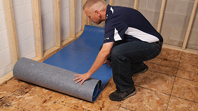 3 Qwarmth_Install_rollout_underlayment