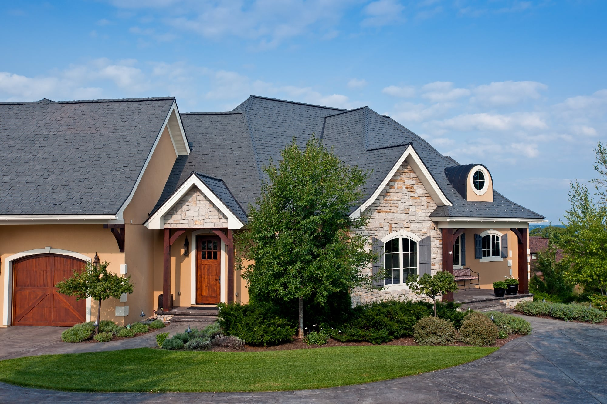 Davinci roofscapes introduces slate tiles with enhanced for Davinci slate roof reviews