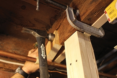 Clamp the joists tightly before screwing together.