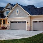 Tips for Selecting a Garage Door