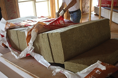 Completely remove the plastic wrapper to avoid tearing the insulation material.