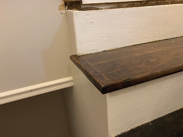 Remodeling a Staircase—Tread, Riser and Stringer Replacement for the