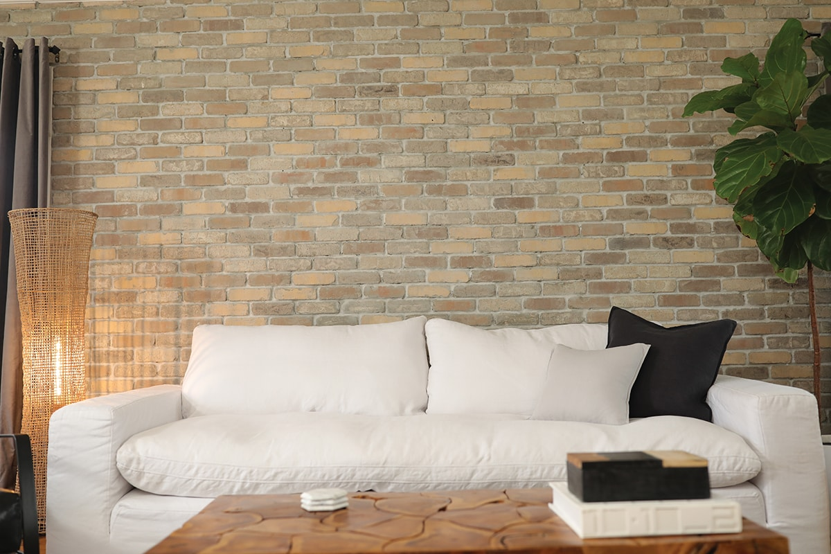 Terrific Create A Thin Brick Accent Wall For An Authentic Man Cave Ibusinesslaw Wood Chair Design Ideas Ibusinesslaworg