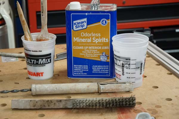 supplies needed to clean oil paint brushes