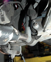 DIY Shock & Strut Installation - Extreme How To