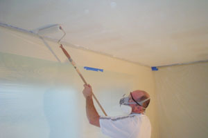 how to remove a popcorn ceiling extreme how to. Black Bedroom Furniture Sets. Home Design Ideas