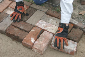 1a1BrickPatioTT10 Build a Patio or Walkway from Pavers