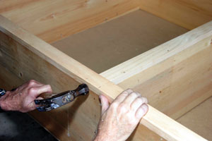 how to build a wooden box frame