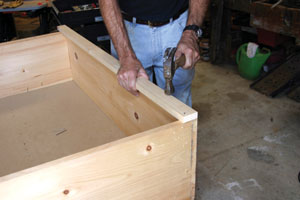 how to build a simple cabinet box