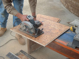 Installing a Floating Subfloor - Extreme How To